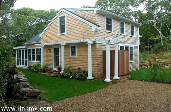 6 Old South Road, Aquinnah, MA