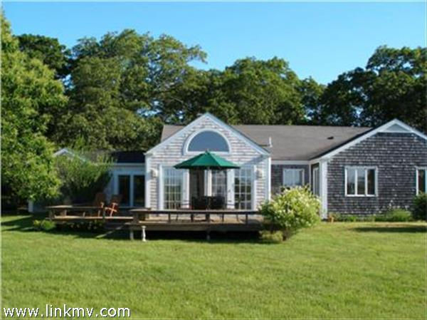 20 Middle Road, West Tisbury, MA