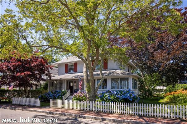 38 Morse Street, Edgartown, MA