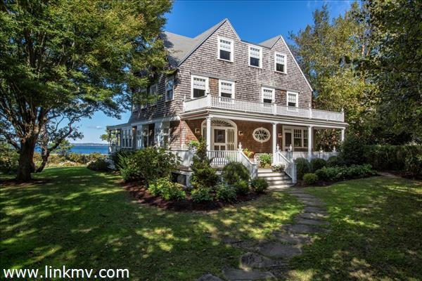 1153 Main Street, Vineyard Haven, MA