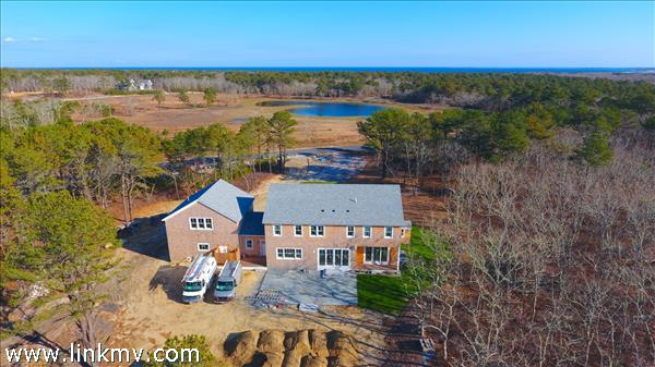 42 Paddock Road, Oak Bluffs, MA