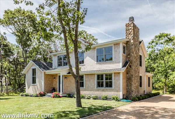 8 Vickers Street Edgartown MA
