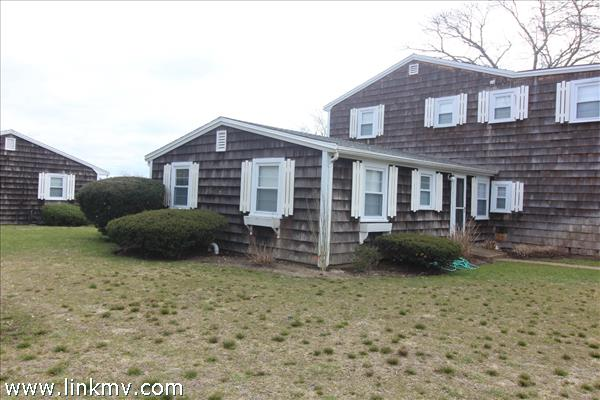 124 Skiff Avenue, Vineyard Haven, MA
