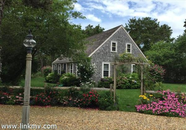 235 Meetinghouse Way, Edgartown, MA