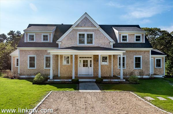 20 Vickers Street, Edgartown, MA