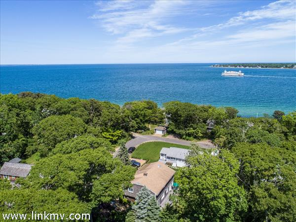 37 Oak Tree Lane, Vineyard Haven, MA