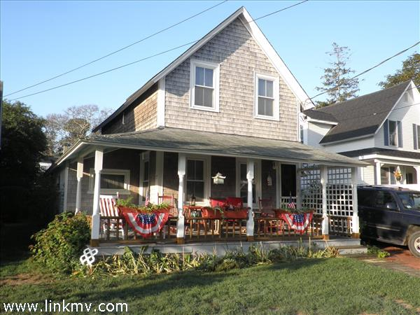 16 Spruce Avenue, Oak Bluffs, MA