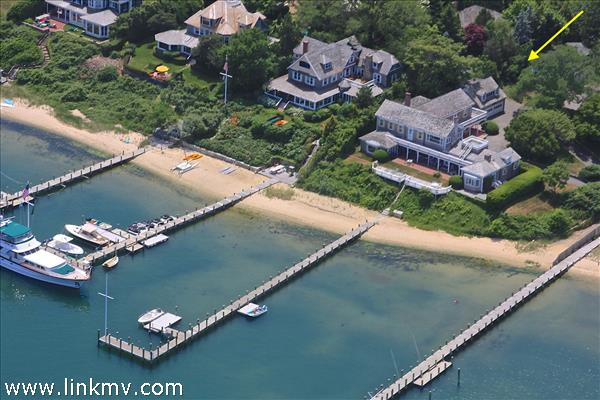 8 Beach Street, Edgartown, MA