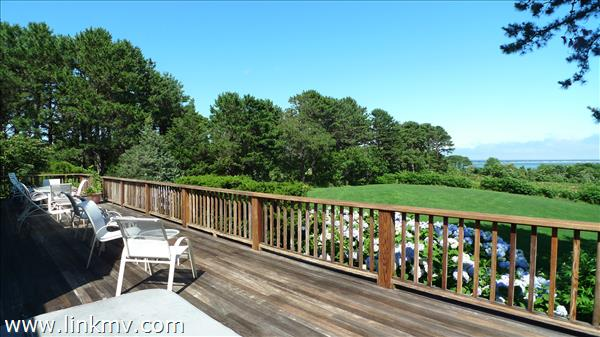 7 Old Harbor Lane, Oak Bluffs, MA
