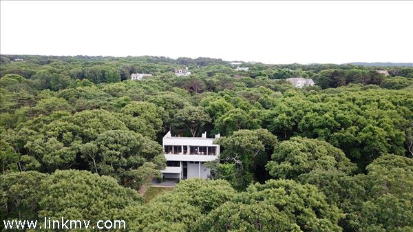 62 Naushon Road, West Tisbury, MA
