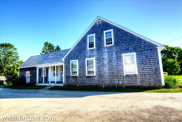 1076 State Road West Tisbury MA