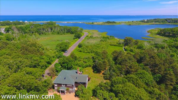 90 South Circuit Avenue, Oak Bluffs, MA