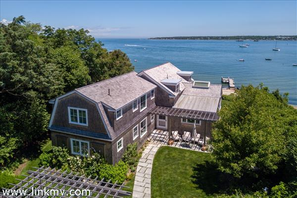 88 Hatch Road, Vineyard Haven, MA