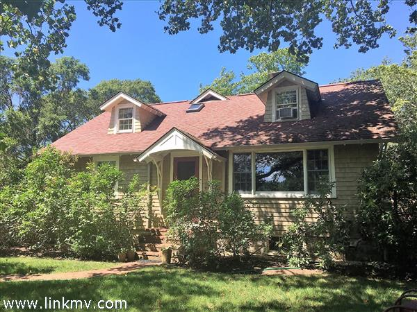 25 Old Hedge Row, Vineyard Haven, MA
