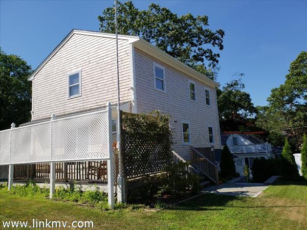 19 Renear Street, Vineyard Haven, MA