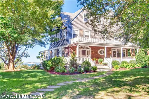 1153 Main Street Vineyard Haven MA