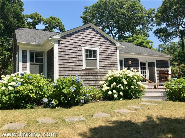 5 Oakdale Lane, Edgartown, MA