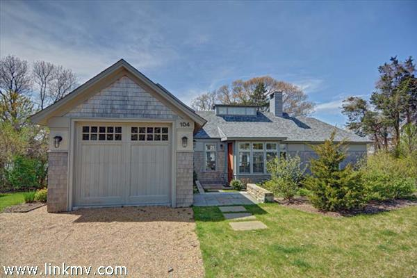 104 Hines Point, Vineyard Haven, MA