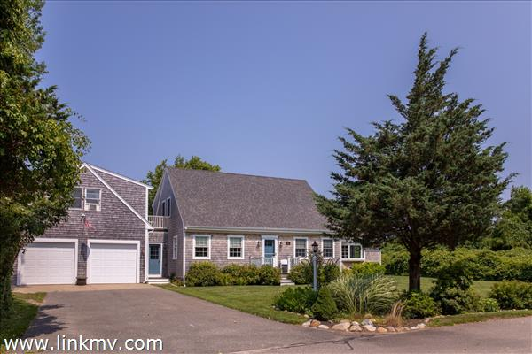 13 Kitts Field Circle, Edgartown, MA