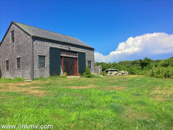 6 Duck Pond Lane, Aquinnah, MA