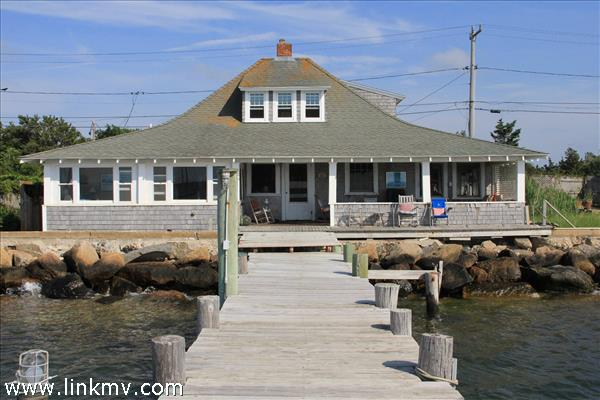 33 Beach Road, Oak Bluffs, MA