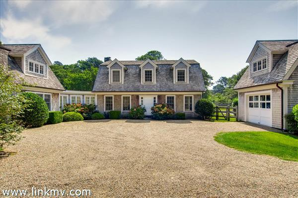 13 Deerpath Lane Chilmark MA