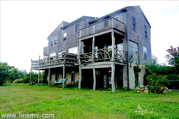 10 Duck Pond Lane, Aquinnah, MA