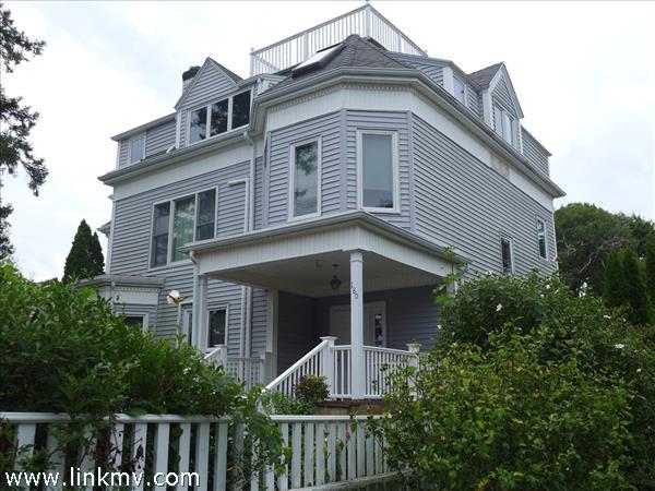 180 Main Street, Vineyard Haven, MA
