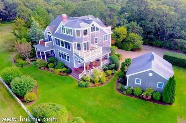 15 Dover Street Oak Bluffs MA