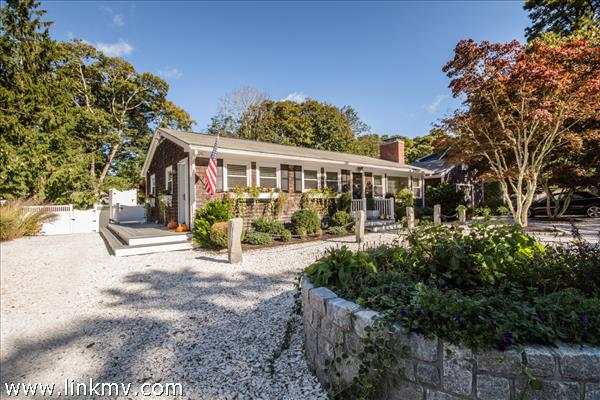113 West Spring Street, Vineyard Haven, MA