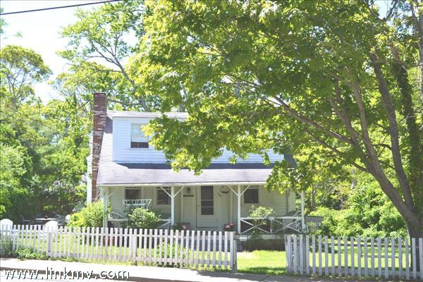 306 Main Street Vineyard Haven MA