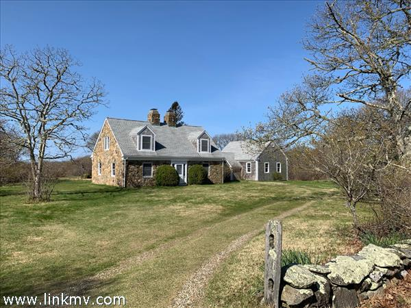 11 Homeward Way Chilmark MA