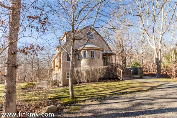 26 Stonewood Lane, West Tisbury, MA