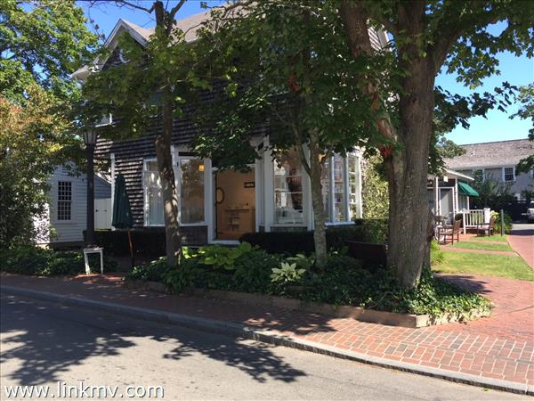 29 Winter Street, Edgartown, MA