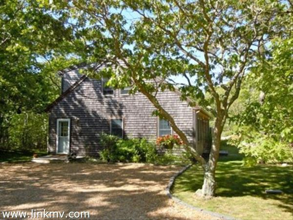 10 Lobsterville Road Aquinnah MA
