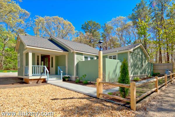 20 Buena Vista Street Oak Bluffs MA