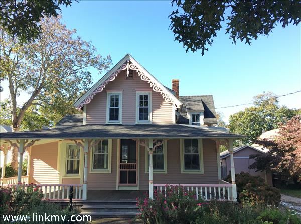 30 Massasoit Avenue Oak Bluffs MA