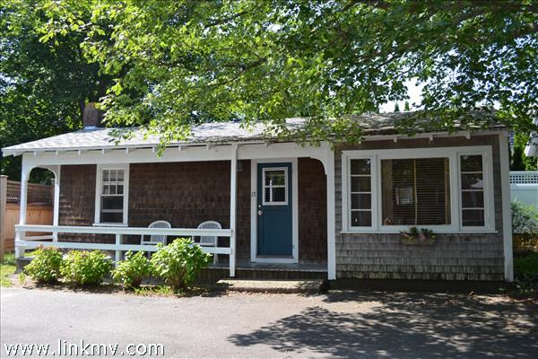 12 Mill Street Edgartown MA