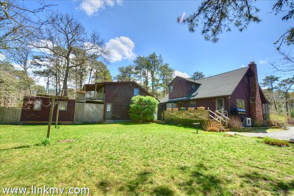 40 Pondview Drive Oak Bluffs MA