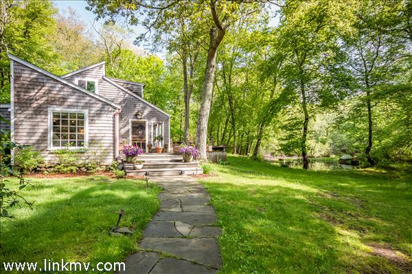 241 Indian Hill Road West Tisbury MA