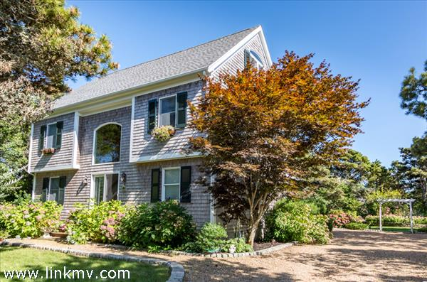 14 Thaxter Lane Edgartown MA